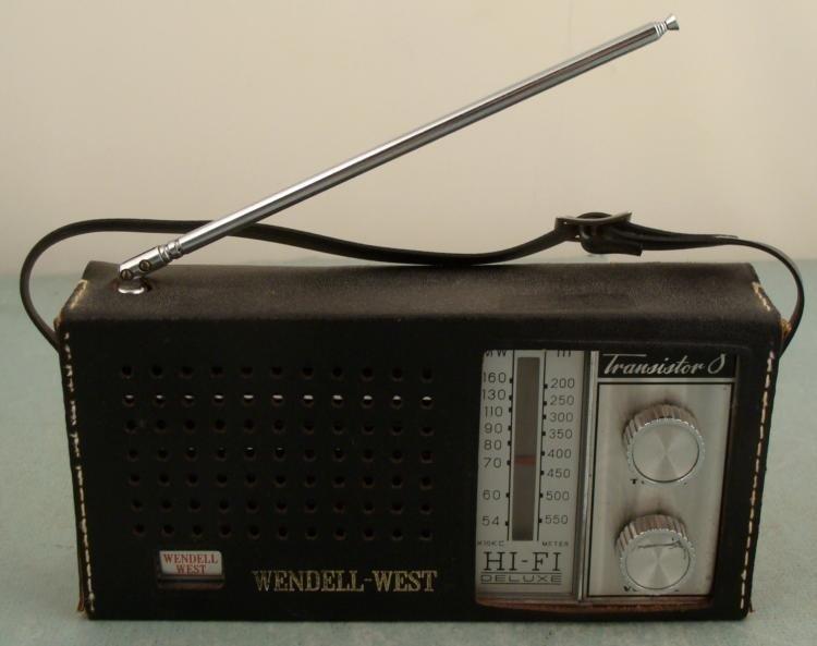 Wendell-West CR-7A Hi-Fi 8 Transistor Vintage Radio '68