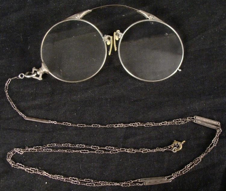 Antique Reading Eye Glasses Eyeglasses with Chain