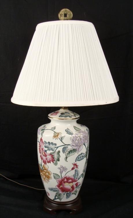 Kaiser Kuhn Chinese Porcelain Floral Table Lamp