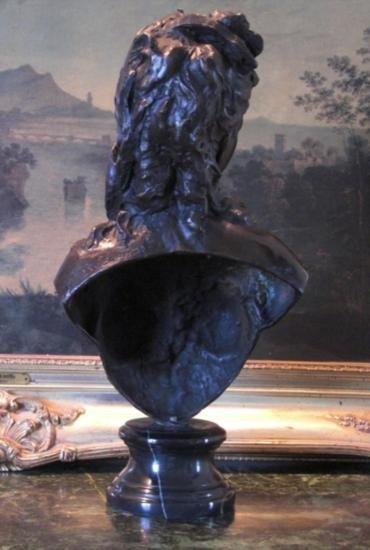 Dazzling Bronze Bust Sculpture Renaissance Woman Nu - 3