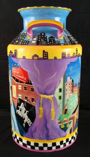 Linnea Pergola Original Milk Can 42nd Street New York - 3