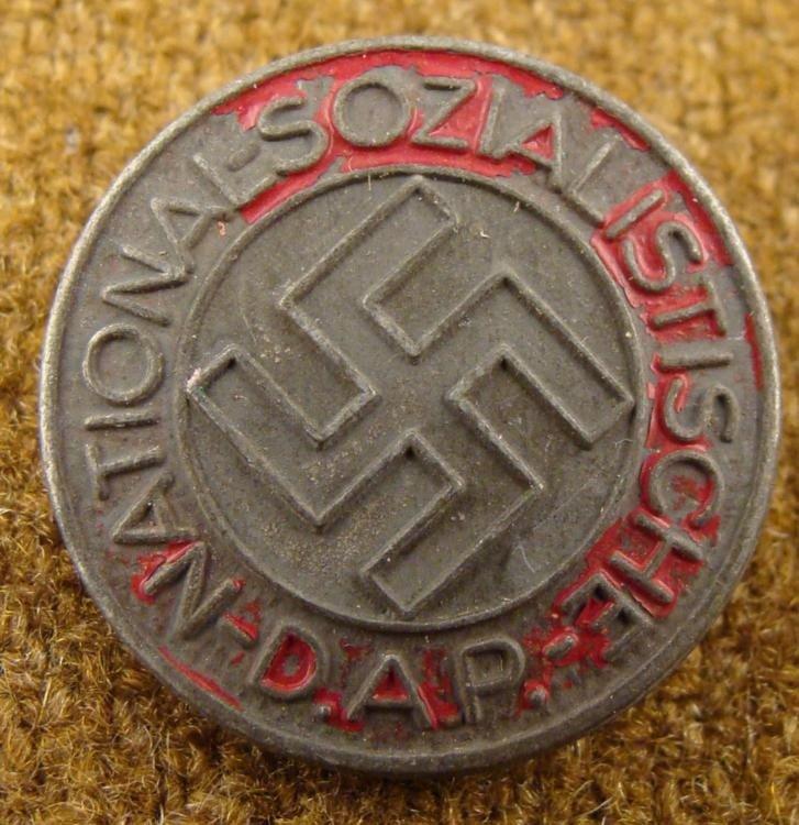RARE BLACK NSDAP NAZI PARTY BADGE PINBACK RZM-M1/100