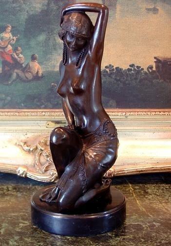 Lovely Bronze Sculpture Roaring 20's Nude Showgir