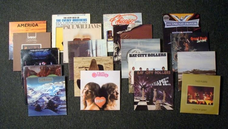 19 Vintage Records- Chicago John Denver Carole King
