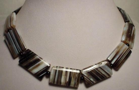 SPLENDID Agate Bead Necklace MWF1731