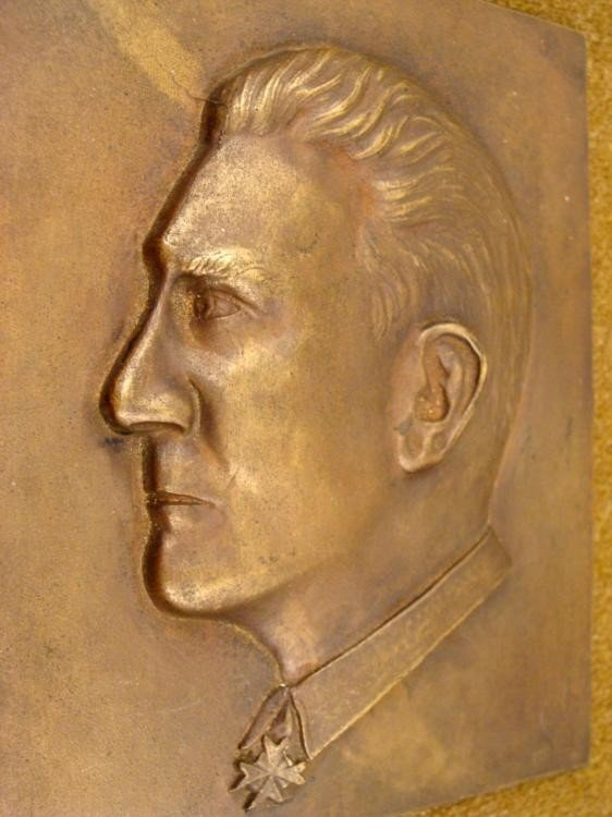 ORIGINAL NAZI PERIOD BRASS PLAQUE OF HERMANN GOERING - 2