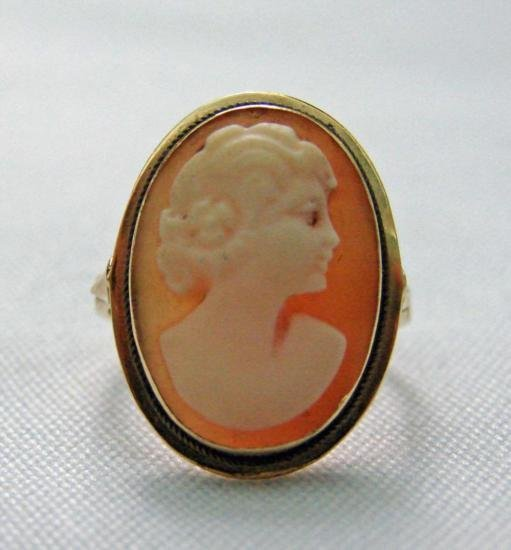 Victorian Carved Shell Cameo 14k Gold Ring MWF907
