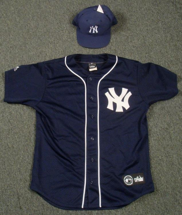 New York Yankees Jersey and Adjustable Hat