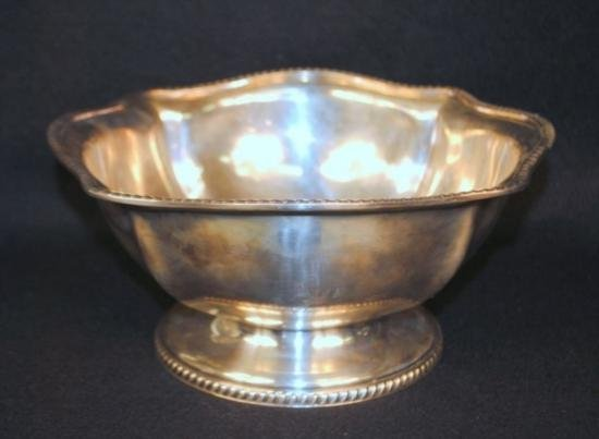 A REED and BARTON US Navy silverplate punch bowl date-