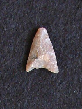 Sahara Neolithic Point Measures Approx 1 Inch