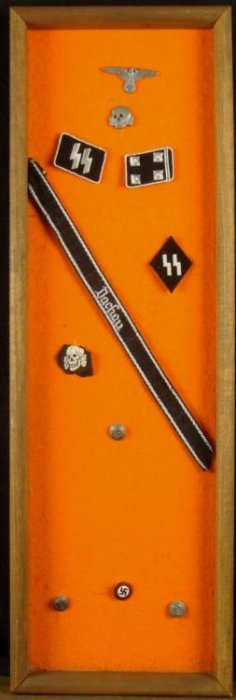 FRAMED SS INSIGNIA COLLECTION - DACHAU CUFF TITLE