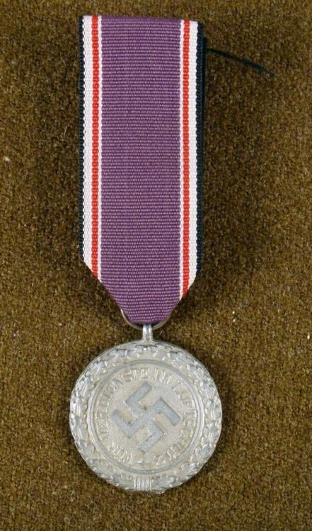 Nazi WWII Original Luftschutz Award Medal w/ Ribbon