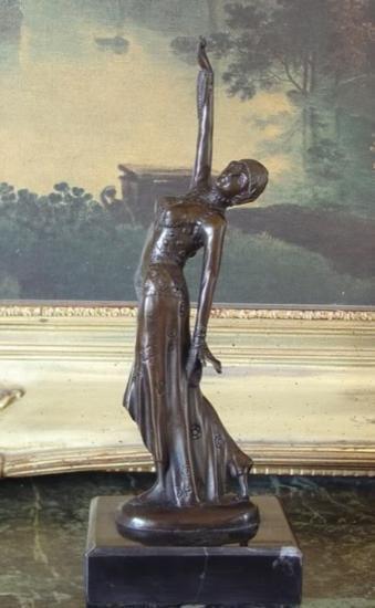Elegant Bronze Sculpture Vegas Show Girl Art Deco