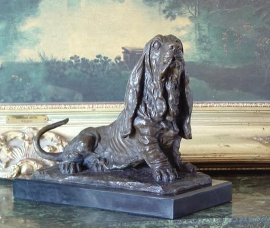 Excellent Bronze Sculpture Bassett Hound