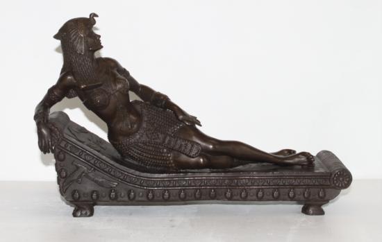 Divine Bronze Sculpture Queen Nefertiti Royal Bea
