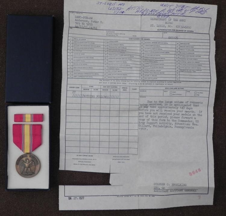 BOXED U.S. NATIONAL DEFENSE MEDAL SET