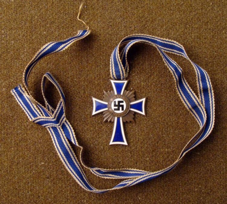 NAZI WWII MOTHERS CROSS IN BRONZE FULL RIBBON ORIGINAL
