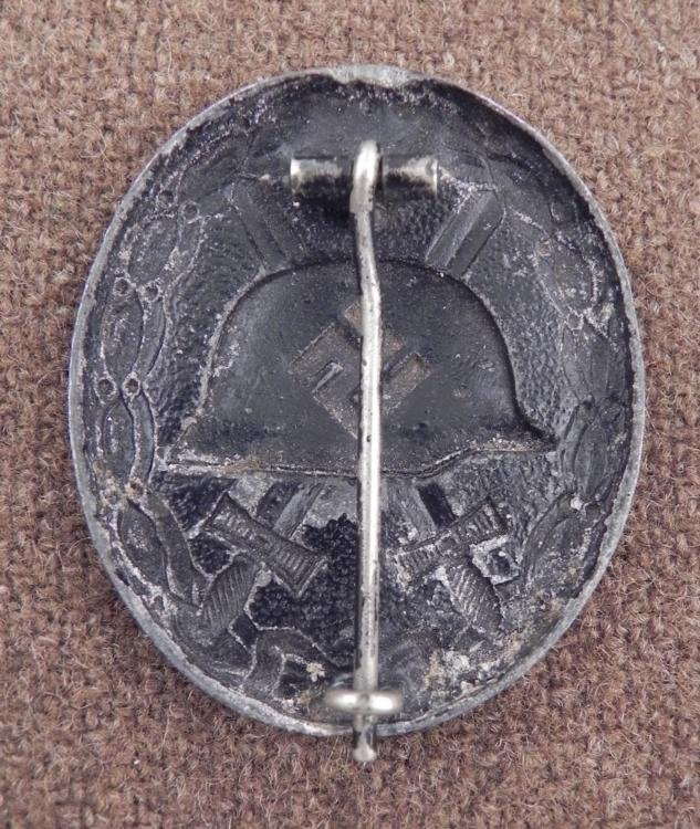 NAZI BLACK WOUND BADGE-ORIGINAL PINBACK - 2