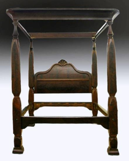 TESTER BED ; American Classical Carved Mahogany Tester