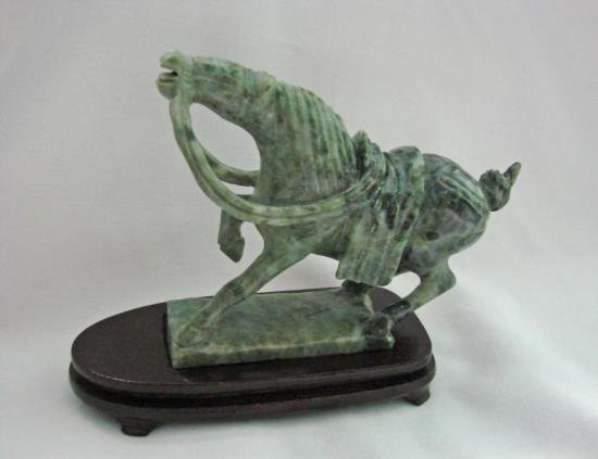MWF1540 EXCELLENT DETAILED HANDCARVED CHINESE GREEN JAD