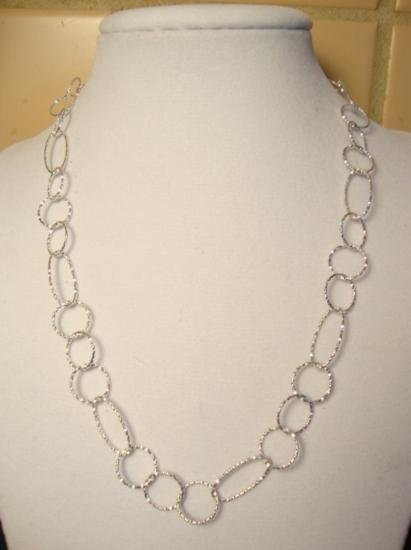 DAZZLING Macys Sterling Silver Linked Necklace MWF1745