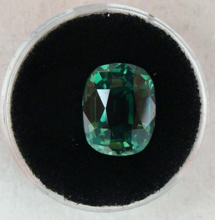 5.36 CT TSAVORITE GREEN CUSHION GEMSTONE