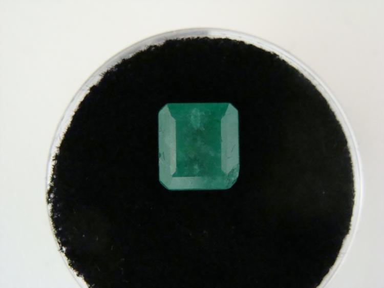 2.13 Carat Bright Glowing Green Emerald Gemstone