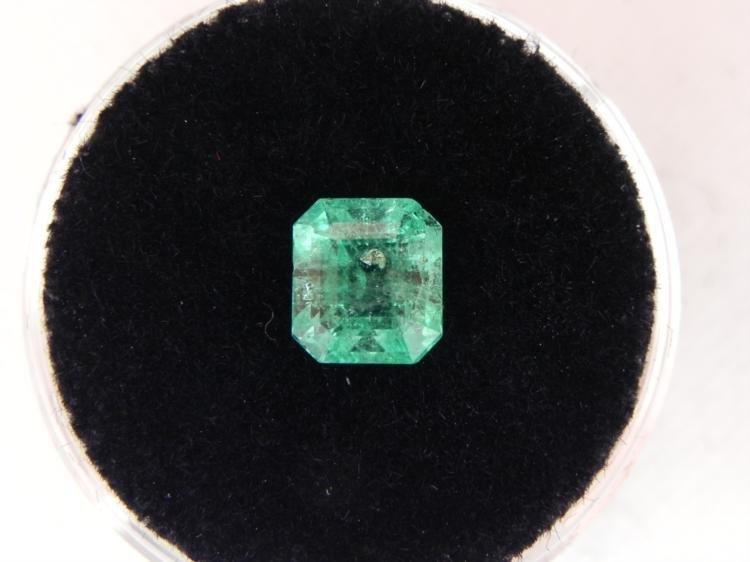 1.40 Carat Bright Glowing Green Emerald Gemstone
