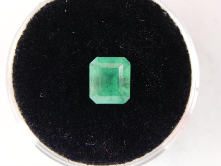1.46 Carat Bright Glowing Green Emerald Gemstone