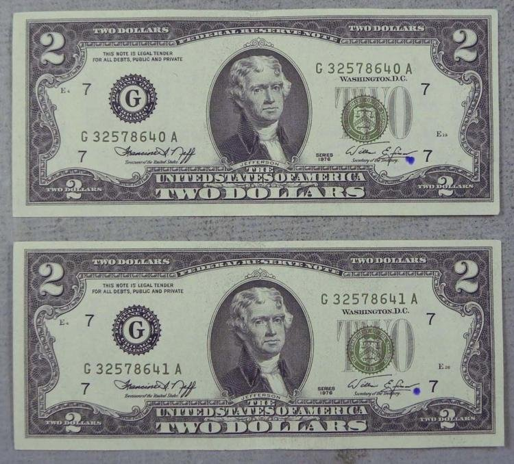 2 CU 1976 Consec #$2 Bills G Mint - Ink Mark