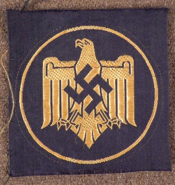 NAZI GOLD EMBROIDERED SPORTS EAGLE AWARD PATCH