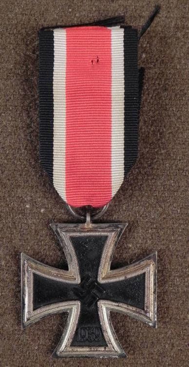 WWII NAZI ORIGINAL EKII-IRON CROSS WITH RIBBON