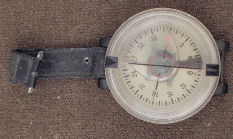 LUFTWAFFE PARATROOPERS WRIST COMPASS-AK39 ORIG RARE