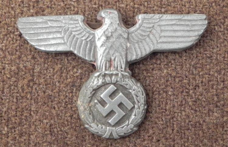 EARLY RARE NAZI COFFEE CAN TYPE KEPI INSIGNIA