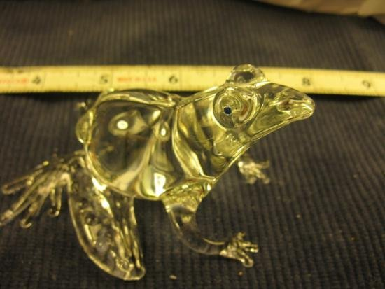 Hand designed Glass Mother and Baby Frogs
