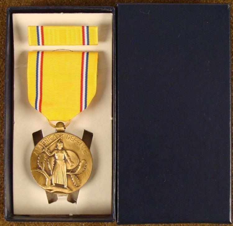 ORIGINAL PRE-WWII AMERICAN DEFENSE MEDAL & RIBBON BOX