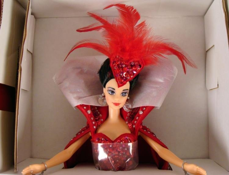 Bob Mackie Queen of Hearts Barbie Doll Mint in Box - 2