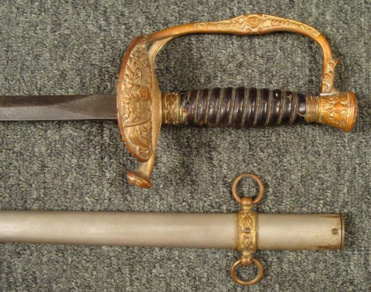 1860 CIVIL WAR STAFF & FIELD OFFICER'S SWORD CLAMSHELL