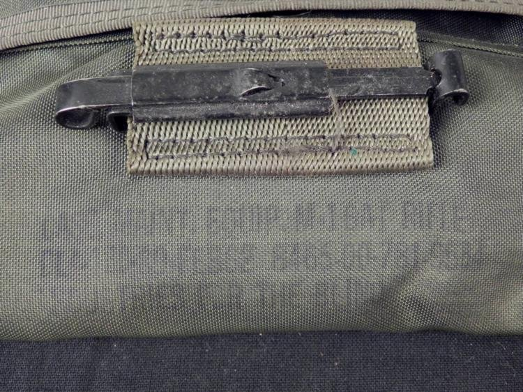 U.S. ARMY M16A1 RIFLE GUN CLEANING KIT IN POUCH - 3