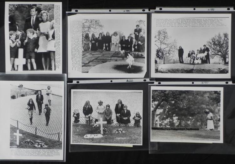 6 Orig Press Photos John & Robert F Kennedy Grave Sites