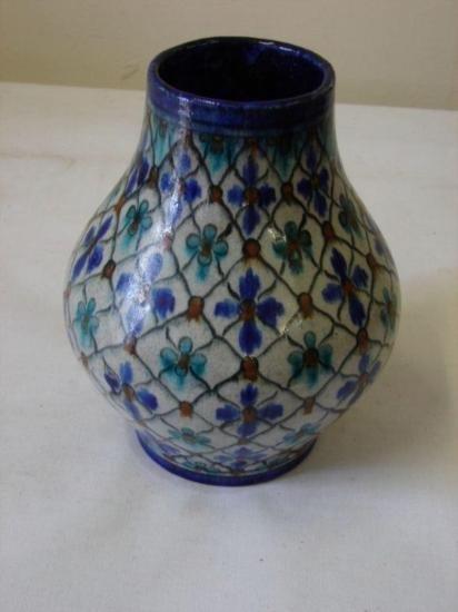 ET0503120144 Persian / William De Morgan Style Isnic Va