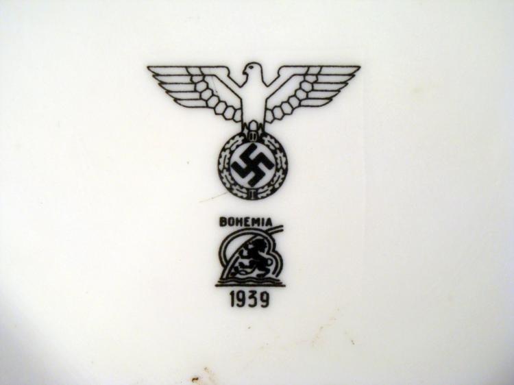 LARGE ORIGINAL NAZI PORCELAIN 1939 SERVING BOWL
