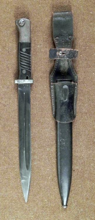 NAZI K98 COMBAT BAYONET WITH SCABBARD AND FROG 1939