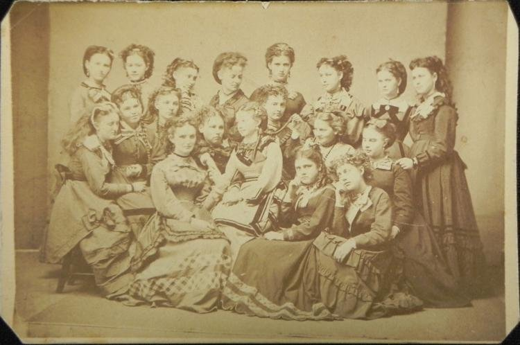 Antique CDV Photograph Large Group of 19 Ladies 1863