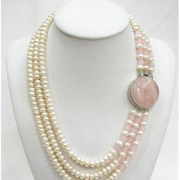Stunning three row white freshwater Pearl and pink jade