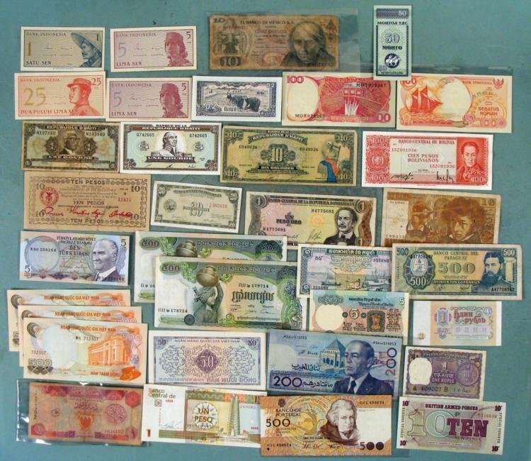 Large Lot 35 Pc World Wide Paper Money 20 Dif Countries