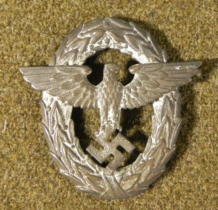 NAZI POLICE BADGE FOR VISOR-EAGLE/SWASTIKA IN WREATH