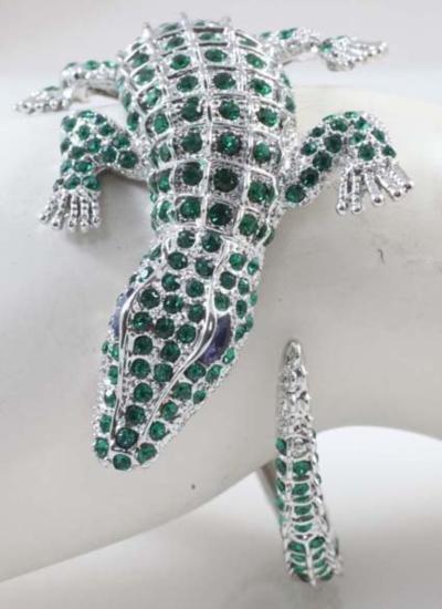 GT0522120006 Impressive Green Crystal and Silver Crocod