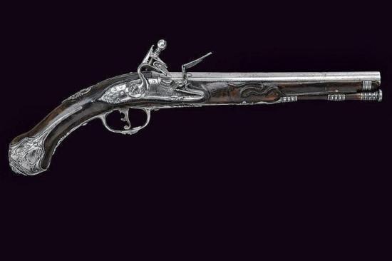 GT0607120017 A flintlock pistol Smooth round 12 mm ca