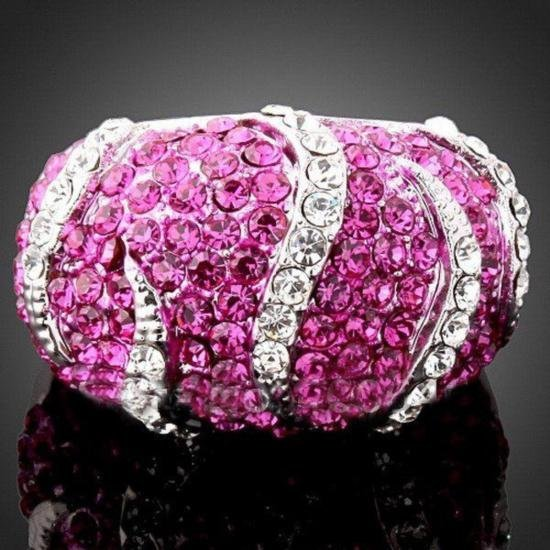 GT0522120028 Dazzling High Fashion Hot Pink Crystal Rin
